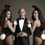 La star de la musique Pitbull sera présente dans la ligne Playboy de Bally